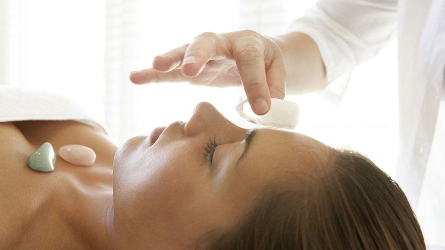 corso massaggio cristalli