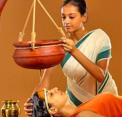 trattamento shirodhara