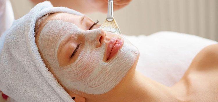 massaggio estetico viso